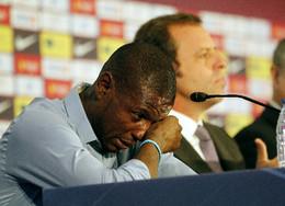 Abidal diz adeus ao Barcelona