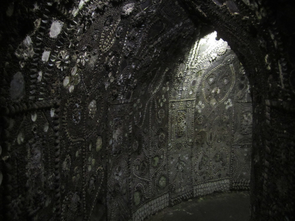 margate-shell-grotto-see-do-museums-galleries-larg