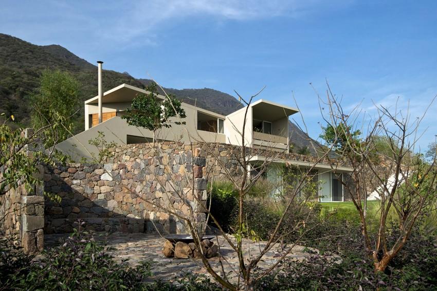 Casa-del-Lago-08-850x566.jpg
