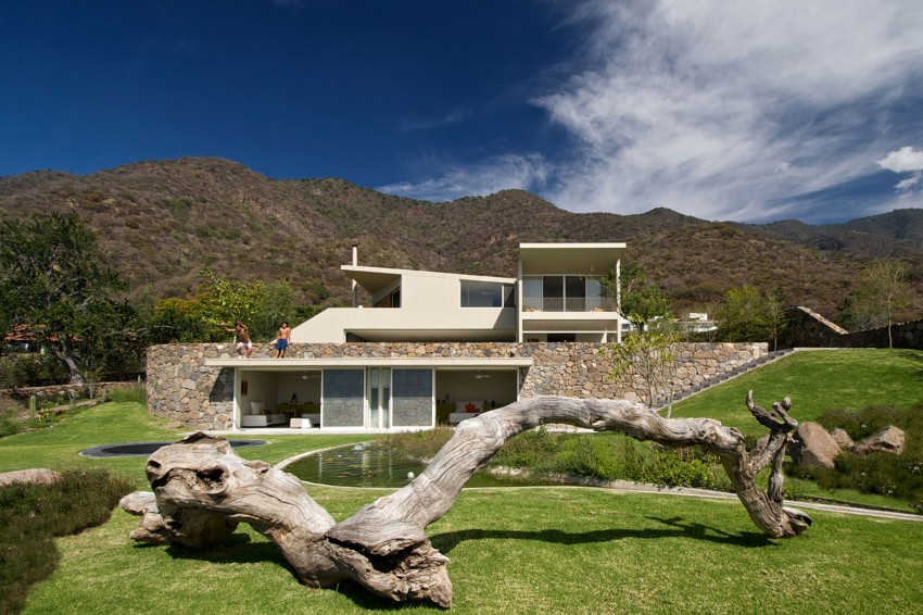 Casa-del-Lago-05-850x566.jpg