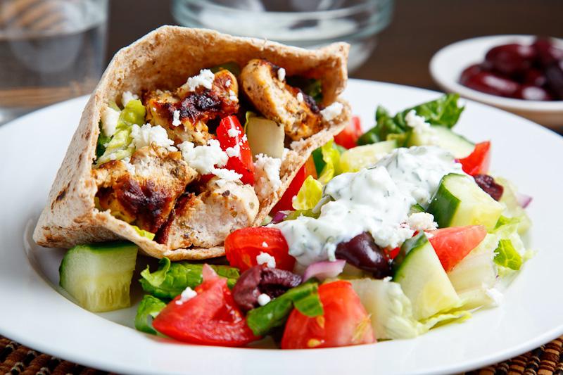 Chicken Souvlaki Salad Pita 800 0774.jpg